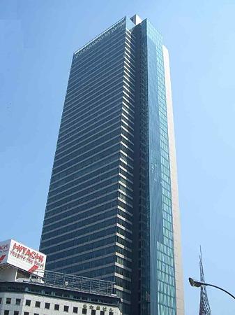 ミッドランドスクエア 平成18年9月 高層塔竣工予定 3態-180815-3