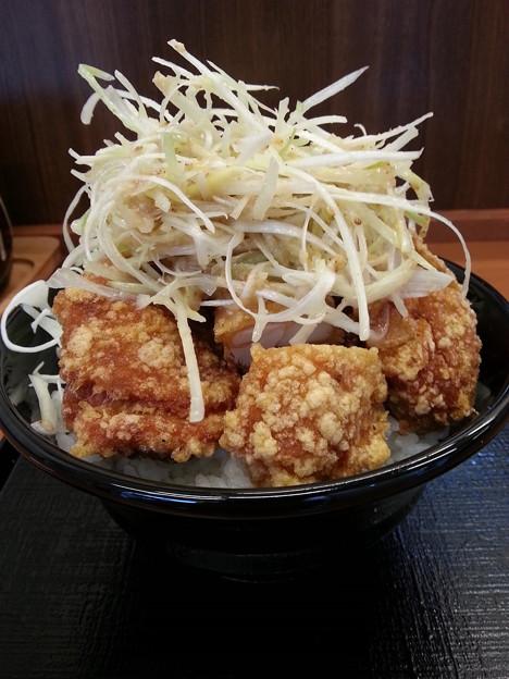 からやま 浅草 からあげ 塩極丼 大盛いただきます。ガウガウ♪