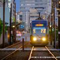Photos: 宵の町を駆ける。