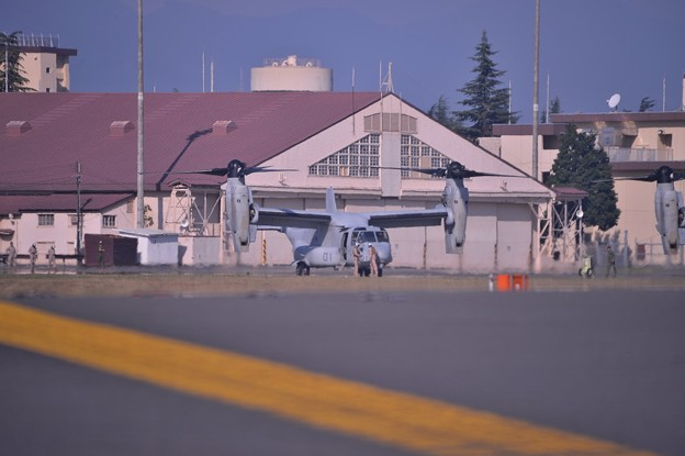 観閲式参加の為百里基地へ準備するMV-22オスプレイ・・20141025