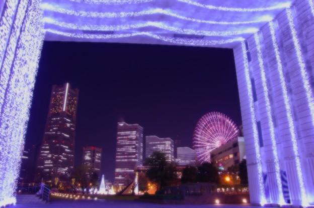 ある日の寒い日の横浜夜景・・ナビオスのライトアップでみなとみらいを彩る 20141212