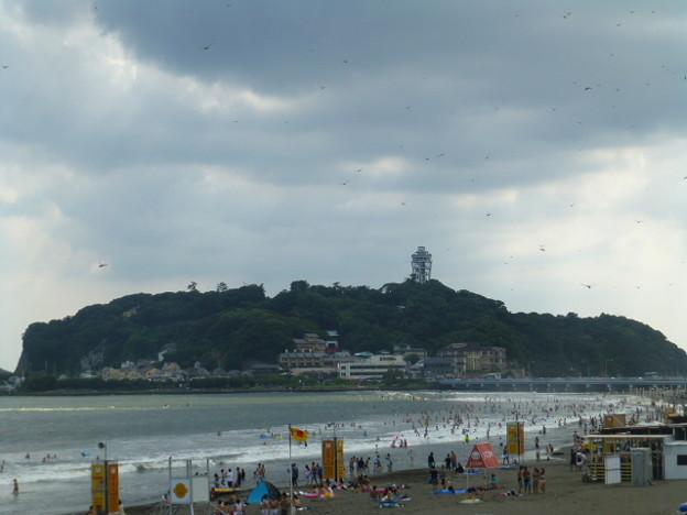東浜からの江ノ島