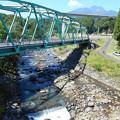 Photos: 922_旧道にかかる橋の下を走るランナー