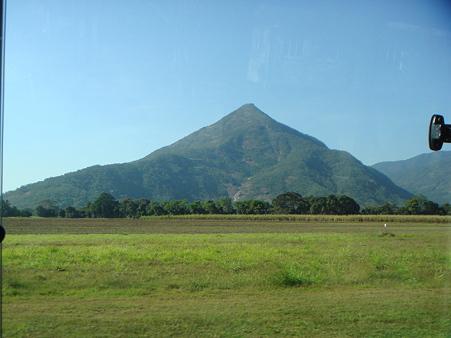 ちび富士山ことウォルシュピラミッド