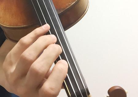 中野・江古田 バイオリン 個人レッスン ヴィオラ 吉瀬弥恵子 ワイズ音楽教室 指の角度