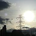 Photos: 無機質と太陽
