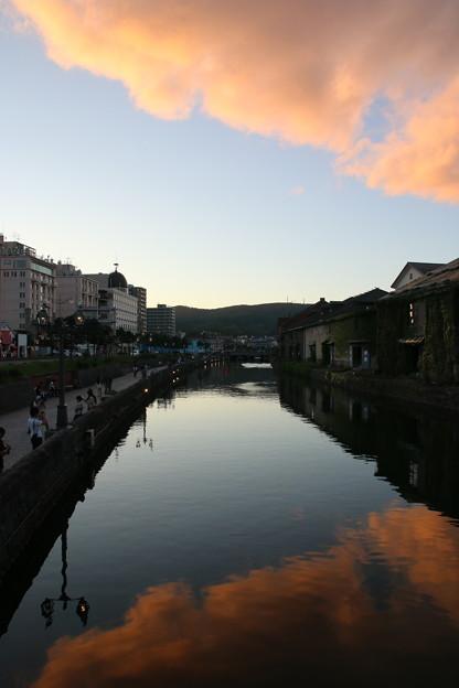 Photos: 夕刻の運河