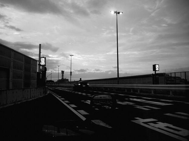 京葉道路が日本初の自動車専用道路に 1961年8月15日